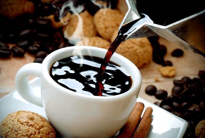 kofe 1 - Bagaimana kopi mempengaruhi tekanan seseorang meningkat atau menurun, apakah mungkin untuk minum bersama